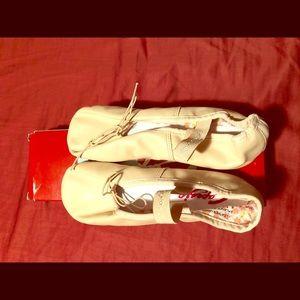 Capezio leather Daisy ballet shoes
